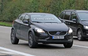 volvo 680 volvo xc40 compact crossover spied testing in prototype form