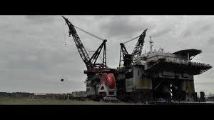 Heerema Thialf Worlds Biggest Crane Vessel Youtube