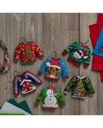 deal alert bucilla felt kits set of 6 ornaments sweaters