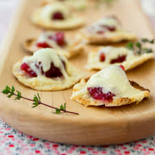cranberry cheddar pita bites with cabot cheddar cabot creamery
