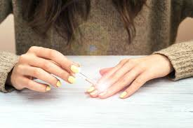 nail polish tips make your manicure last reader u0027s digest