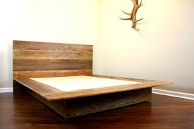 Diy Platform Bed Plans Furniture by Rustic Style Natural Wood Platform Bed Furniture For Minimalist