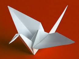 Origami, el arte del papel plegado! Images?q=tbn:ANd9GcSxIgPa3DpM9rXaEiXvoXmGXT9rgbxCvJDma-ryhZuQn8wwwk52