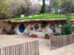 real hobbit house 5 real life hobbit houses you can rent hobbit real life and house