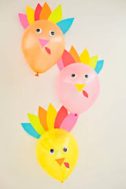 diy thanksgiving turkey balloons and easy turkey craft for