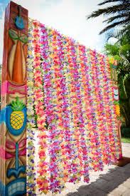 themed decorations hawaiian party decoration ideas stockphotos photos on luau party