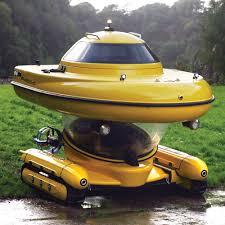 amphibious truck the amphibious sub surface watercraft hammacher schlemmer