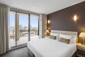 oaks embassy official website serviced apartments adelaide cbd
