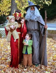 family halloween costumes 2014 beyond fine hobbit family costume