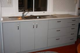 mitre 10 kitchen cabinets get a handle on it frugal kiwi