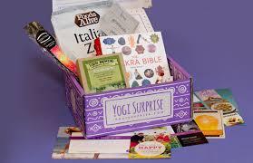 Yoga Gift Basket Yogi Surprise Review Yoga Lifestyle Box June 2017 Earn Spend Live