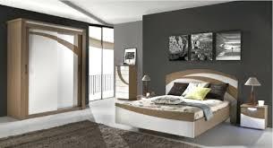 chambre bois blanc chambre adulte bois voir toutes les photos chambre adulte bois