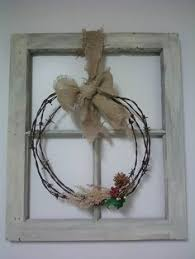 Christmas Window Frame Decoration by Chicken Wire And An Old Frame I Think I Shall Diy Pinterest