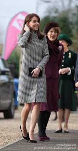 duchess kate duchess kate recycles emilia wickstead dress debuts new reiss and recycled emilia wickstead for action on addiction