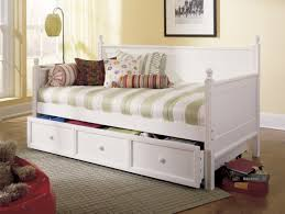 Futon Mattress Big Lots Daybed Stunning Daybed Bunk Beds Diy Pallet Couch Daybed Guest