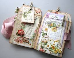 pretty photo albums 105 best scrapbook albums images on mini books mini