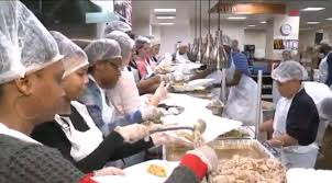 mozel sanders foundation wants to feed thousands of families this
