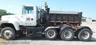 1992 ford l9000 semi truck item da6317 sold june 15 tru