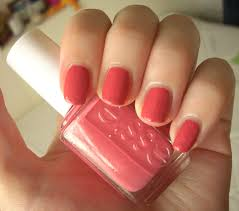 essie your hut or mine nail polish review through the looking glass