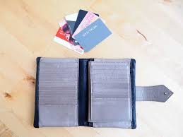 how to downsize your ridiculously enormous wallet