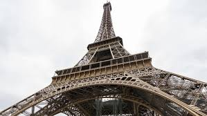 why did they build the eiffel tower reference com