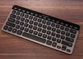 Light Up Wireless Keyboard Logitech Bluetooth Illuminated Keyboard K810 Review Cnet