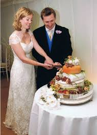 wedding cake newcastle wedding cake ipunya