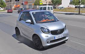 smart fortwo cabriolet 2015 comes a cropper new spyshots by car