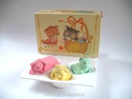 Vintage Bathroom Accessories Uk by Avon Pussycats Soap Set Boxed Vintage 1980s Toiletries For Girls