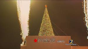 free things to do this weekend macy s tree lighting ceelo green