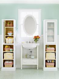 4 ways to use bathroom baskets