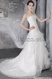 wedding dress for big arms how to choose the a line wedding dress for brides wedding