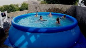 how to play swimming pool games in your backyard pool youtube