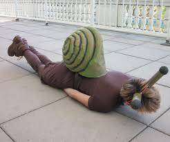 create a low budget snail costume 10 steps with pictures