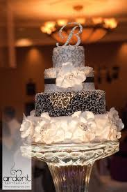 wedding cakes wi the cake guru tamara s wedding cake oshkosh wi weddingwire
