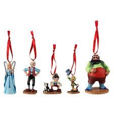 pinocchio ornaments set