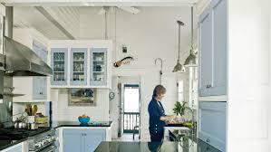 Surf Shack Coastal Kitchen - 20 beautiful beach cottages coastal living