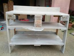fabriquer un meuble de cuisine meuble en palette de bois fabriquer meuble de cuisine trendy diy dco
