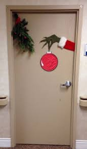 Simple Office Christmas Decorations - simple christmas office door decorations christmas door