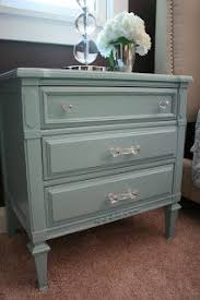 painting and distressing furniture diy projects for the home