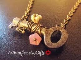 secret garden small skeleton key necklace skeleton key