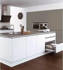 cuisine a monter soi meme but cuisines cuisine équipée kitchenette meubles de cuisine