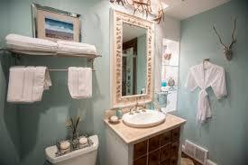 Bathroom With Shelves by Photos Diy