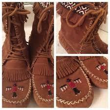 womens fringe boots size 11 38 minnetonka boots host minnetonka beaded