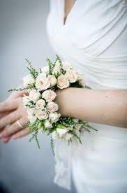 wrist corsage bracelet polscorsage i p v een bruidsboeket boda