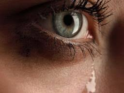 Illnesses That Cause Blindness Swollen Eyelid Twelve Causes And Treatments