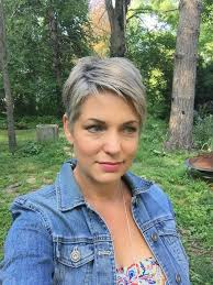 how to wear short natural gray hair for black women 204 best grey images on pinterest grey hair hair cut and hairdos