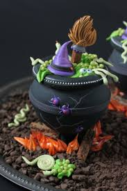 video release how to make 3 d cookie cauldrons julia usher