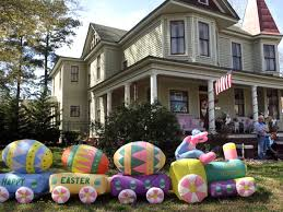 Easter Inflatable Lawn Decorations by Holiday Loving Couple Shows Off Epic Easter Decorations Including