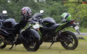 honda 150r bike yamaha r15 v2 vs honda cbr 150r the ultimate review page 2 of